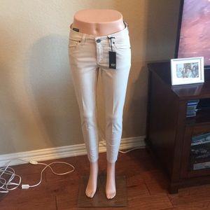 New Kut from the Kloth Khaki Jeans